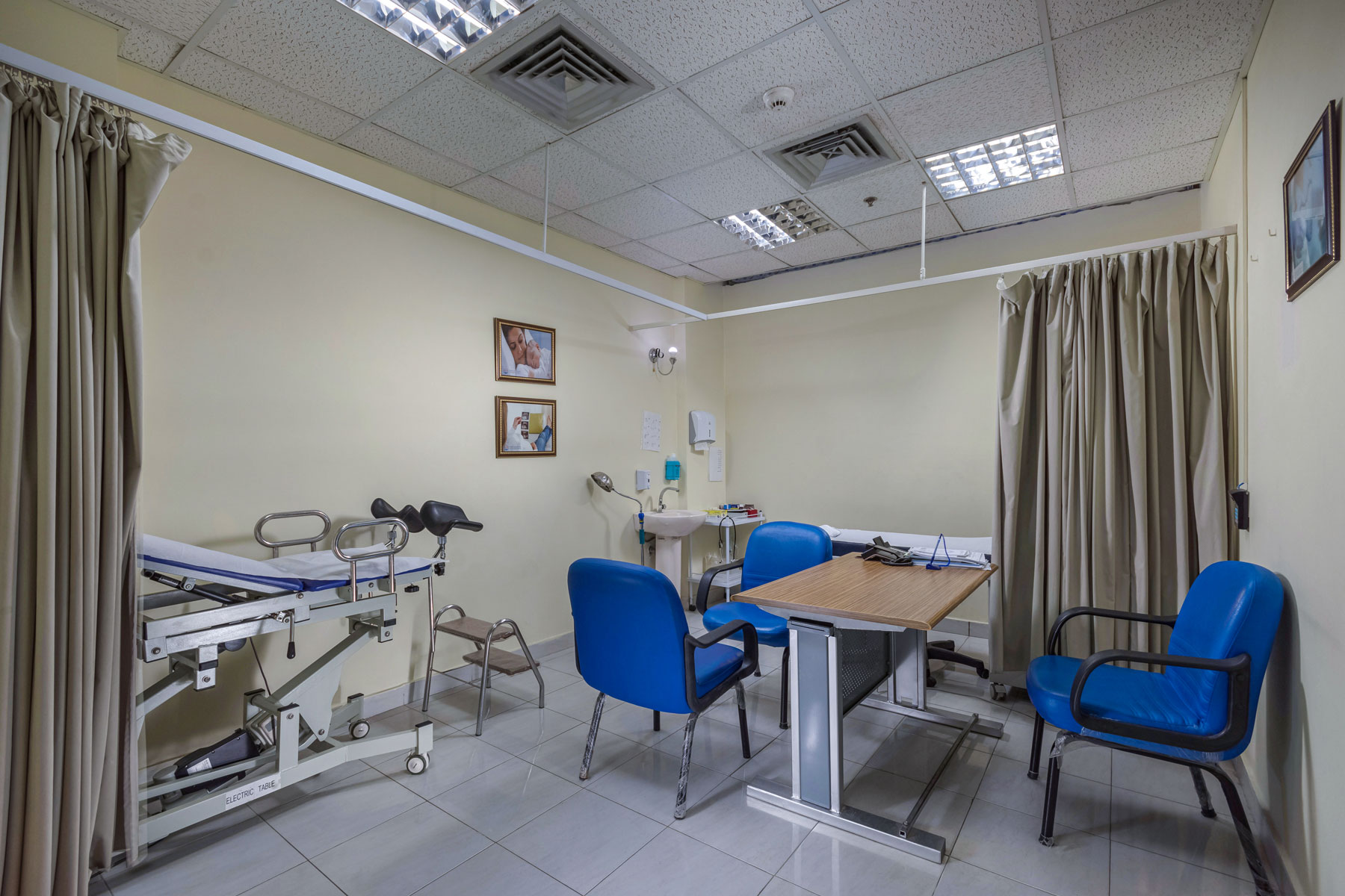Clinic-gynecology-and-obstetrics