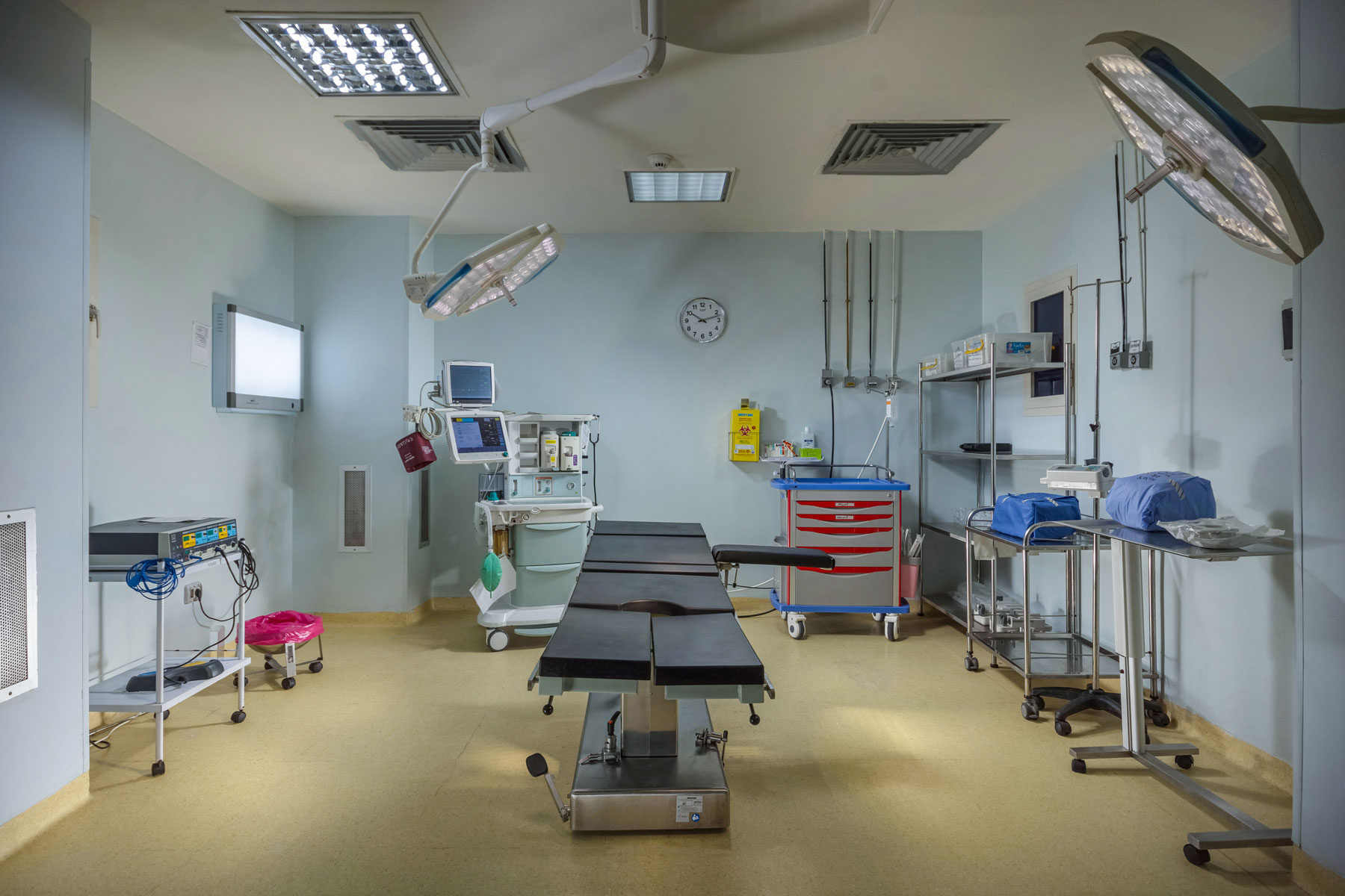 Surgery-Rooms-2